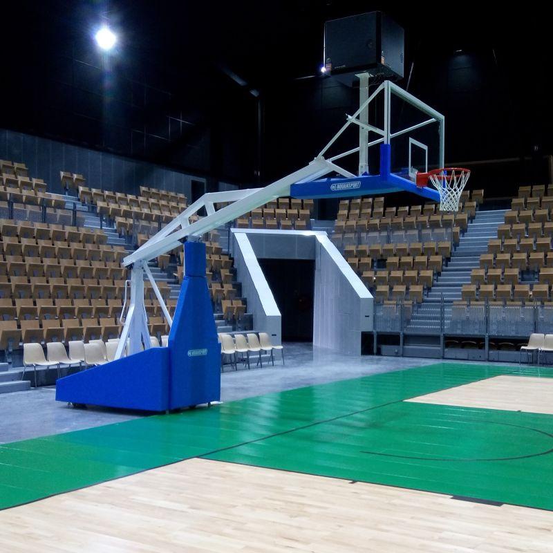 But de basket haute compétition avec panneau verre trempé, afficheur 24/14 et leds clignotantes